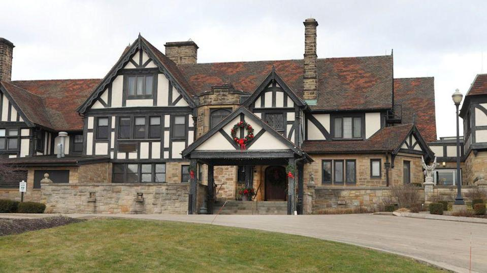 "<p>This 19th century estate-turned-girls camp-turned vacation destination first opened as an inn in 1956. Today its historic Tudor mansion and hillside cabins are rife with enough spirited activity that the manor invites psychic mediums and paranormal investigators to give guided tours of the picturesque property.<br></p><p><a class=""link rapid-noclick-resp"" href=""https://go.redirectingat.com?id=74968X1596630&url=https%3A%2F%2Fwww.tripadvisor.com%2FHotel_Review-g50752-d253081-Reviews-Punderson_Manor_Lodge_and_Conference_Center-Newbury_Ohio.html&sref=https%3A%2F%2Fwww.countryliving.com%2Flife%2Ftravel%2Fg2689%2Fmost-haunted-hotels-in-america%2F"" rel=""nofollow noopener"" target=""_blank"" data-ylk=""slk:PLAN YOUR TRIP"">PLAN YOUR TRIP</a><br></p>"