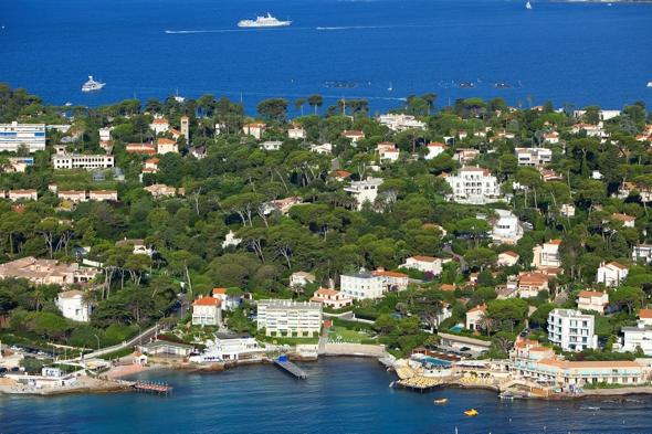 Human skull found on seabed in Cap d'Antibes