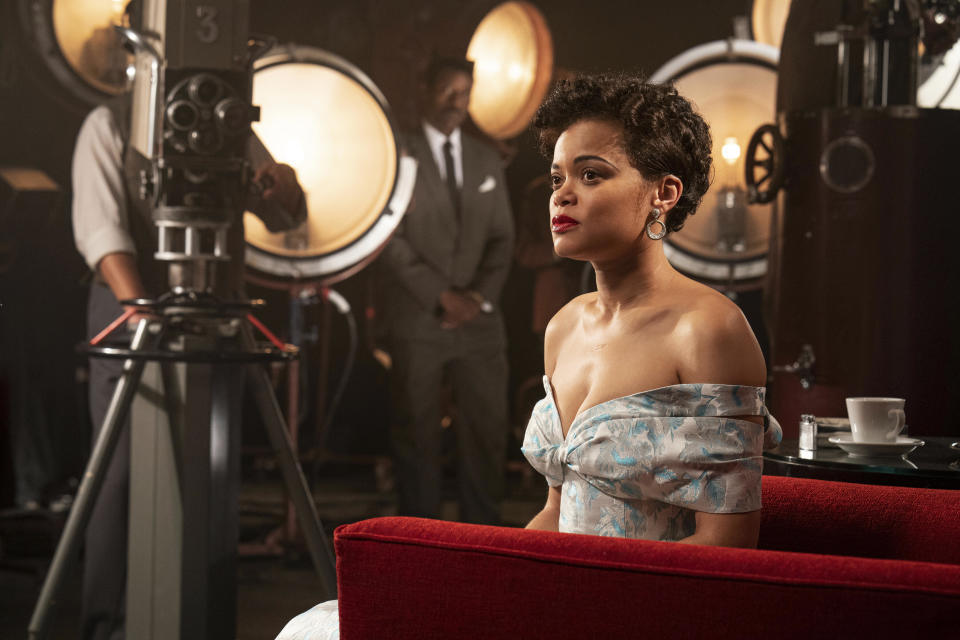 "En esta imagen proporcionada por Hulu Andra Day en ""The United States vs Billie Holiday."" (Takashi Seida/Hulu via AP)"
