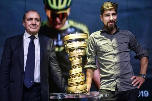 Top cyclist Peter Sagan says he must respect his promise to race the Giro d'Italia