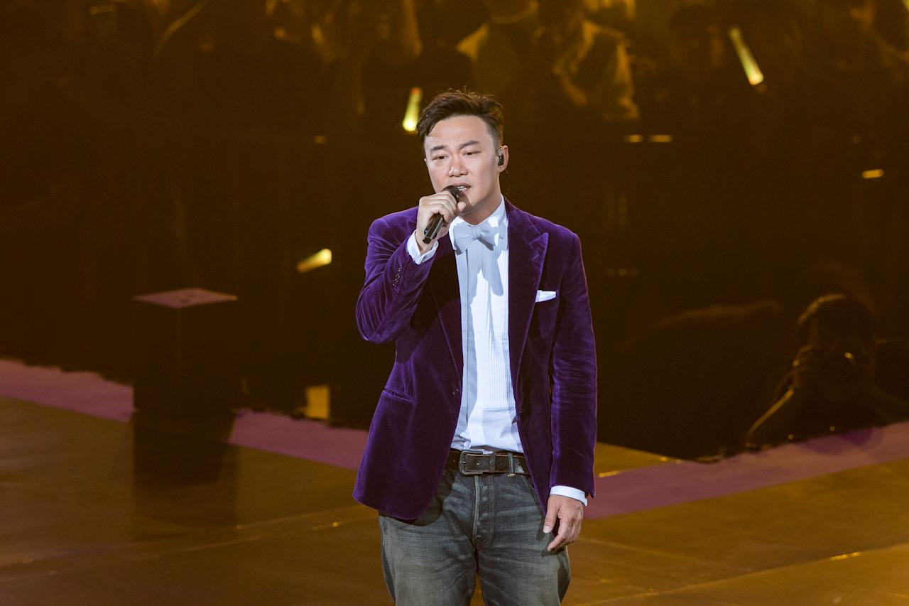 PHOTOS: JJ Lin, Namewee, A-mei, Eason Chan at KKBOX Music Awards