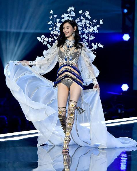 Ming Xi walks the runway during the 2017 Victoria's Secret Fashion Show In Shanghai. (Photo: Frazer Harrison/Getty Images for Victoria's Secret)