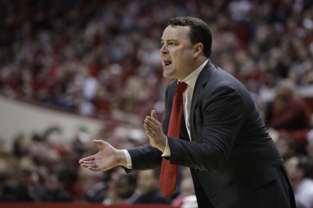 Indiana head coach Archie Miller encourages his team during the second half in the second round of the NIT college basketball tournament against Arkansas, Saturday, March 23, 2019, in Bloomington, Ind. Indiana won 63-60. (AP Photo/Darron Cummings)
