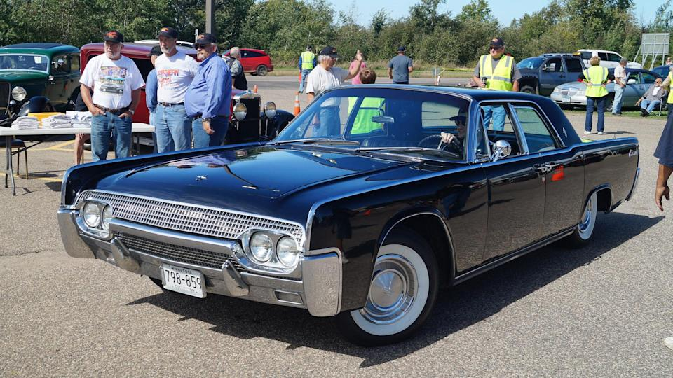 1961 Lincoln Continental vintage car