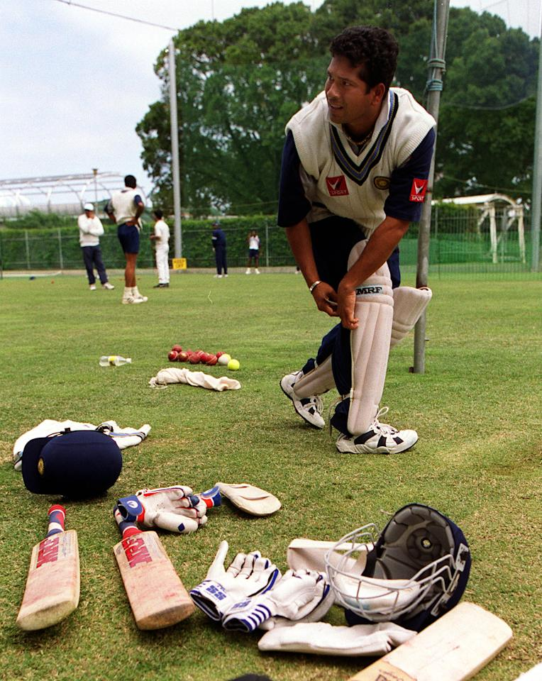 23 Dec 1999:  Sachin Tendulkar captain of India pads up, during training at the Melbourne Cricket Ground, Melbourne, Australia. Mandatory Credit: Hamish Blair/ALLSPORT