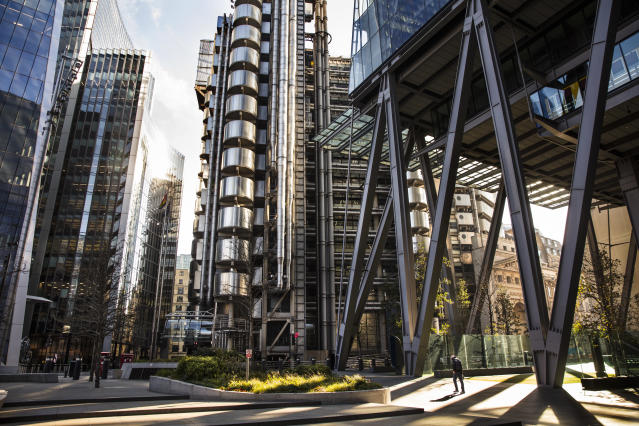 The usually busy area around the Lloyd's building in London seems deserted due to ongoing lockdown. (Barry Lewis/InPictures via Getty Images)