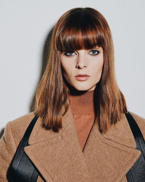"""<p>Ditch your classic winged eyeliner for fall 2021 and go for this grungy look from Victoria Beckham's presentation. <strong>Smudge an inky black formula on your top <em>and</em> bottom lines</strong>, and finish off the look with <a href=""""https://www.cosmopolitan.com/style-beauty/beauty/g24522891/nude-lipstick-all-skin-tones/"""" rel=""""nofollow noopener"""" target=""""_blank"""" data-ylk=""""slk:neutral lipstick"""" class=""""link rapid-noclick-resp"""">neutral lipstick</a> and subtle <a href=""""https://www.cosmopolitan.com/style-beauty/beauty/how-to/a43730/face-shape-contour-map/"""" rel=""""nofollow noopener"""" target=""""_blank"""" data-ylk=""""slk:contouring"""" class=""""link rapid-noclick-resp"""">contouring</a>.</p><p><strong>✨ Recreate it with:</strong> <a href=""""https://go.redirectingat.com?id=74968X1596630&url=https%3A%2F%2Fwww.sephora.com%2Fproduct%2Fkohl-eye-pencil-P109941%3FskuId%3D1531532%26icid2%3Dproducts%2Bgrid%253Ap109941%253Aproduct&sref=https%3A%2F%2Fwww.cosmopolitan.com%2Fstyle-beauty%2Fbeauty%2Fg35680349%2Ffall-2021-makeup-trends%2F"""" rel=""""nofollow noopener"""" target=""""_blank"""" data-ylk=""""slk:Laura Mercier Kohl Eye Pencil"""" class=""""link rapid-noclick-resp"""">Laura Mercier Kohl Eye Pencil</a></p><p><a href=""""https://www.instagram.com/p/CLOybifJxEZ/"""" rel=""""nofollow noopener"""" target=""""_blank"""" data-ylk=""""slk:See the original post on Instagram"""" class=""""link rapid-noclick-resp"""">See the original post on Instagram</a></p>"""