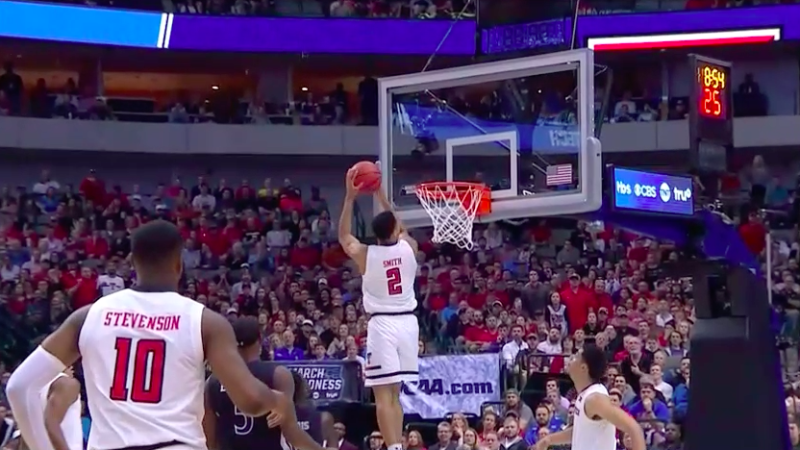 a0c22b356208 Texas Tech s Zhaire Smith completes spectacular alley-oop dunk