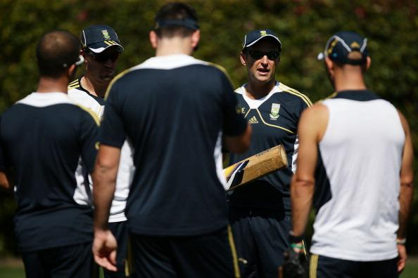 SYDNEY, AUSTRALIA - OCTOBER 31:  Proteas coach Gary Kirsten talks to players during a South African Proteas nets session at Sydney Cricket Ground on October 31, 2012 in Sydney, Australia.  (Photo by Matt King/Getty Images)