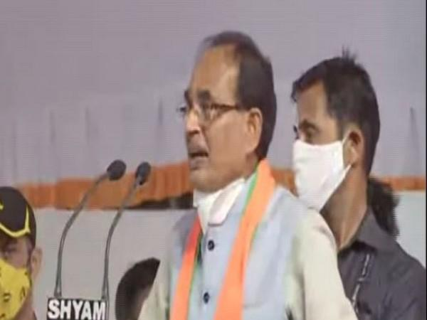Shivraj Singh Chouhan addressing a public rally in Dabra. (Photo: ANI)