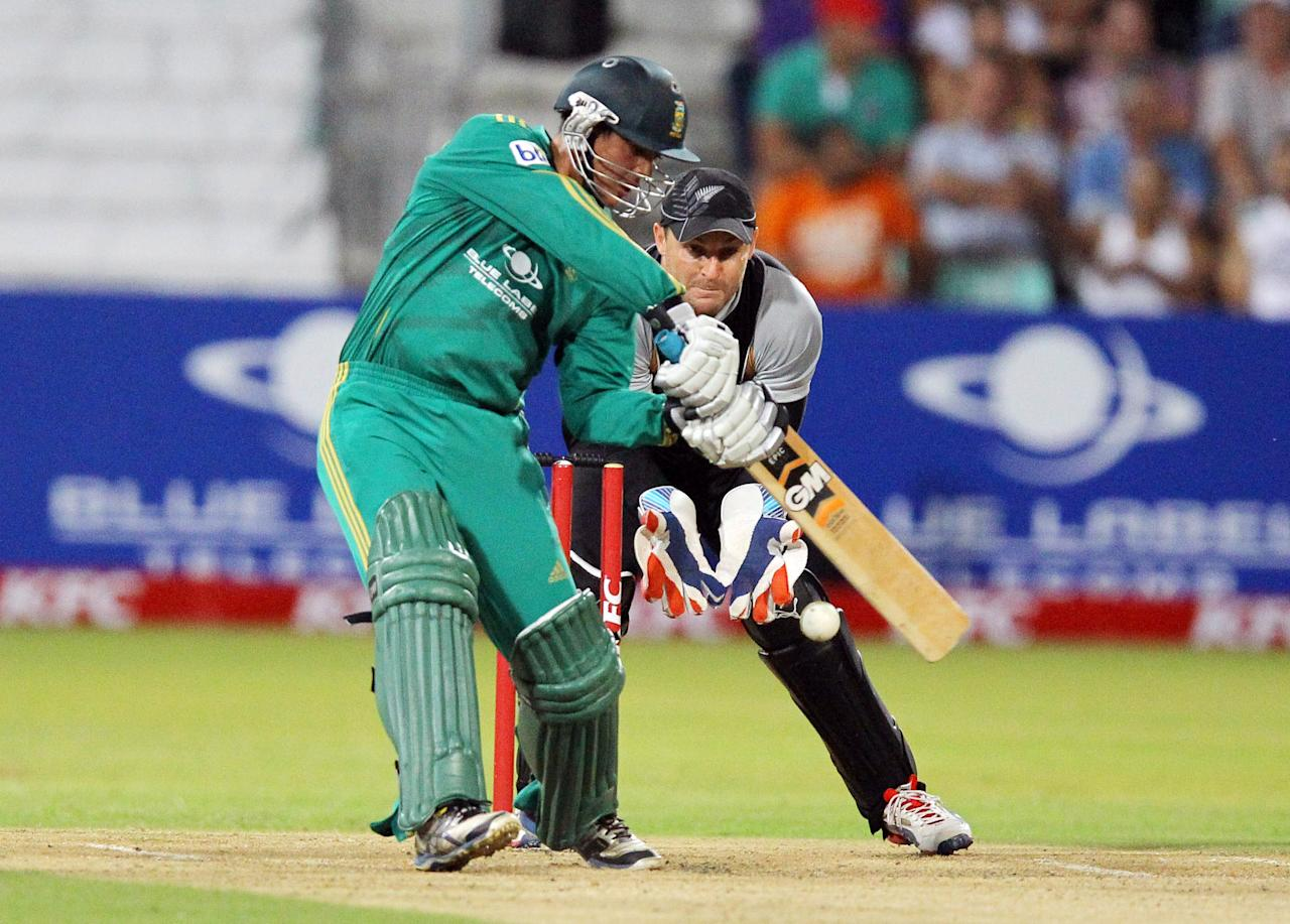 DURBAN, SOUTH AFRICA - DECEMBER 21:  Quinton de Kock of South Africa bats during the 1st T20 match between South Africa and New Zealand at Sahara Park Kingsmead on December 21, 2012 in Durban, South Africa.  (Photo by Anesh Debiky/Gallo Images/Getty Images)