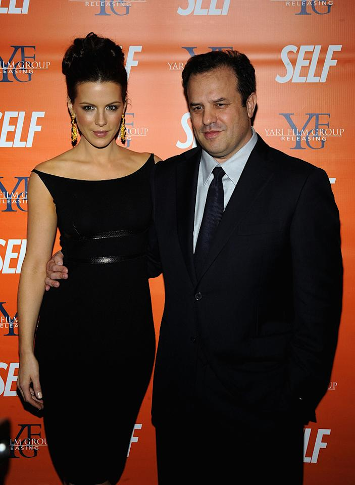 "<a href=""http://movies.yahoo.com/movie/contributor/1800020790"">Kate Beckinsale</a> and director <a href=""http://movies.yahoo.com/movie/contributor/1800353450"">Rod Lurie</a> at the New York screening of <a href=""http://movies.yahoo.com/movie/1809944318/info"">Nothing But the Truth</a> - 11/13/2008"