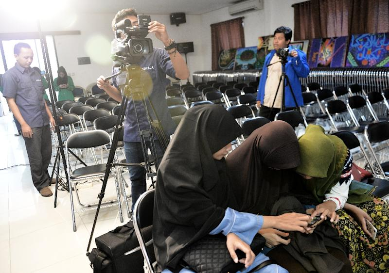 Nahdlatul Ulama -- one of the world's biggest Muslim organisations -- is seeking to counter the Islamic State group's extremist messages being spread in Indonesia (AFP Photo/Bay Ismoyo)