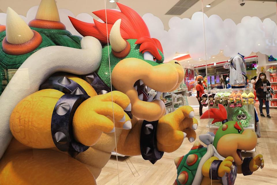 TOKYO, JAPAN - 2021/03/03: Decorative Bowser sticker on a glass wall inside Nintendo Tokyo store in Shibuya. (Photo by Stanislav Kogiku/SOPA Images/LightRocket via Getty Images)