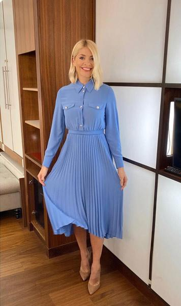 holly-willoughby-dress-instagram