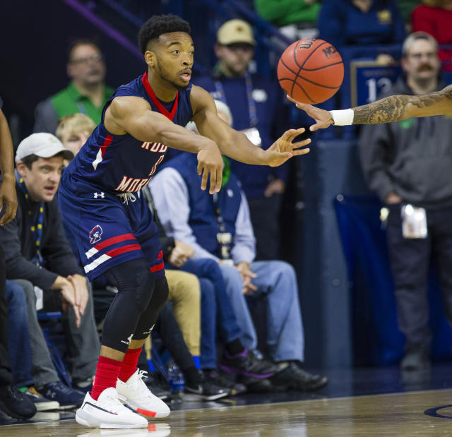 Robert Morris' Jon Williams (1) dishes out a pass during an NCAA college basketball game against Notre Dame Saturday, Nov. 9, 2019 at Purcell Pavilion in South Bend, Ind. (Michael Caterina/South Bend Tribune via AP)