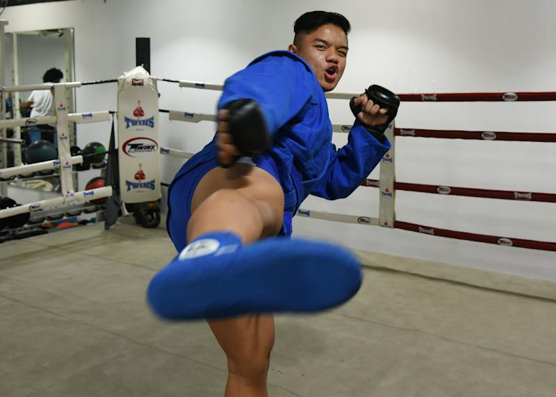 Nazri Sutari's sporting journey to the SEA Games has brought him from fencing to mixed martial arts and finally to sambo. (PHOTO: Zainal Yahya/Yahoo News Singapore)