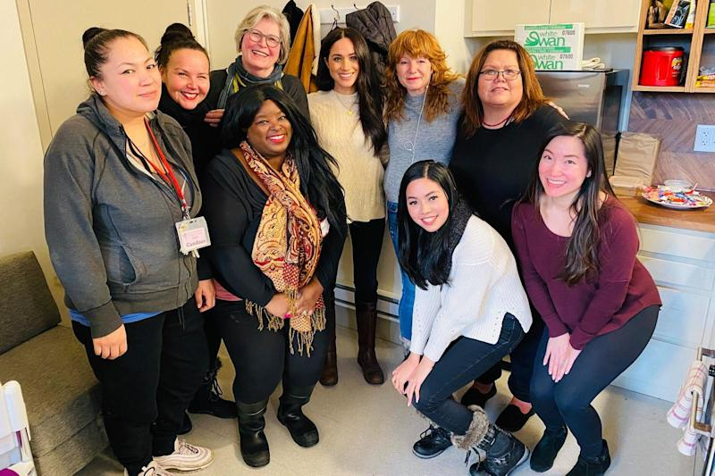 Meghan Markle pictured with women from the centre in Vancouver (Facebook / Downtown Eastside Women's Centre)