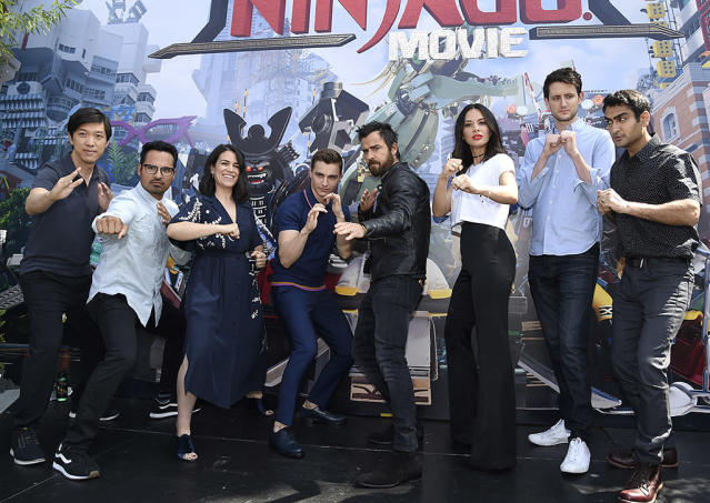 <p>Dan Lin, Michael Peña, Abbi Jacobson, Dave Franco, Justin Theroux, Olivia Munn, Zach Woods, and Kumail Nanjiani at Comic-Con on July 21, 2017 in San Diego. (Photo: Richard Shotwell/Invision/AP) </p>
