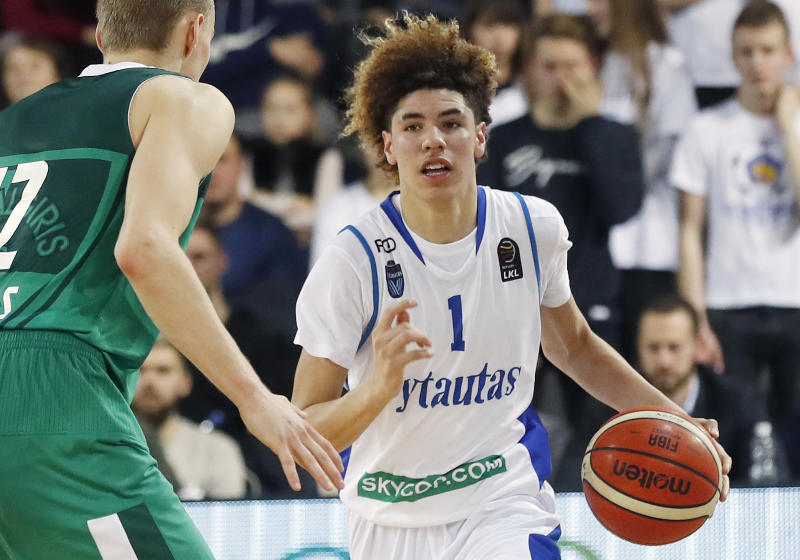LaMelo Ball sparks brawl in game in Lithuania