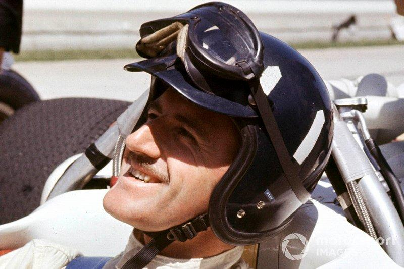 """Graham Hill, Lola T90 Ford<span class=""""copyright"""">LAT Images</span>"""