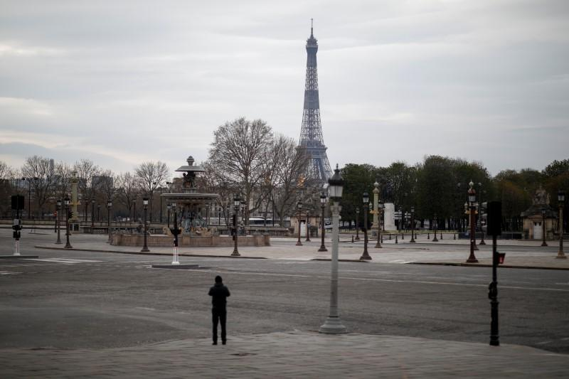 French business activity plunges to record low in March over coronavirus - PMIs