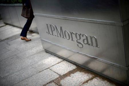 JP Morgan issues warning over Brexit job losses