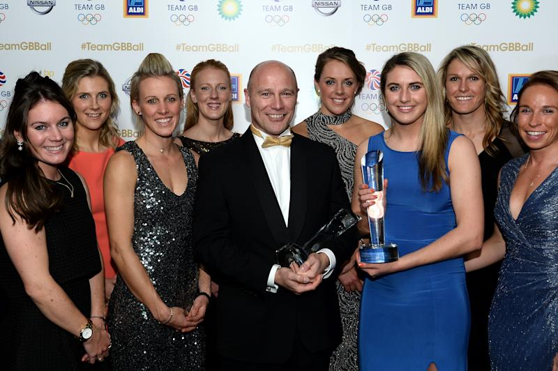 Kerry with the Team GB Women's Hockey team after winning the coach award in November 2016. (Photo by Jeff Spicer/Getty Images)