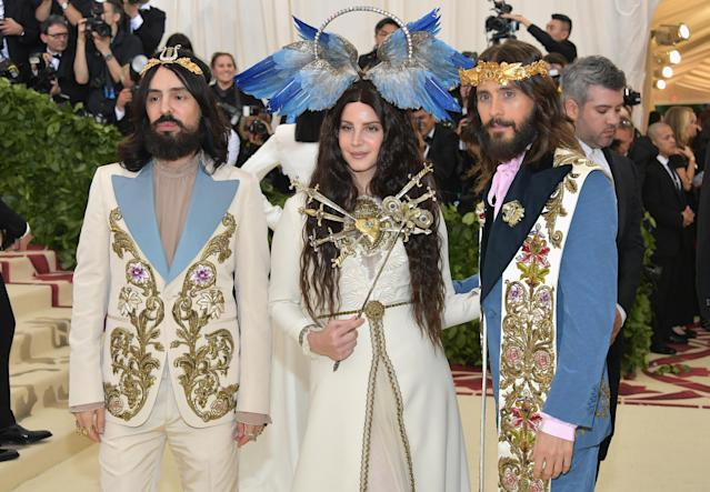 Gucci designer Alessandro Michele (left) dressed Lana Del Rey and Jared Leto for the occasion. (Photo: Neilson Barnard/Getty Images)