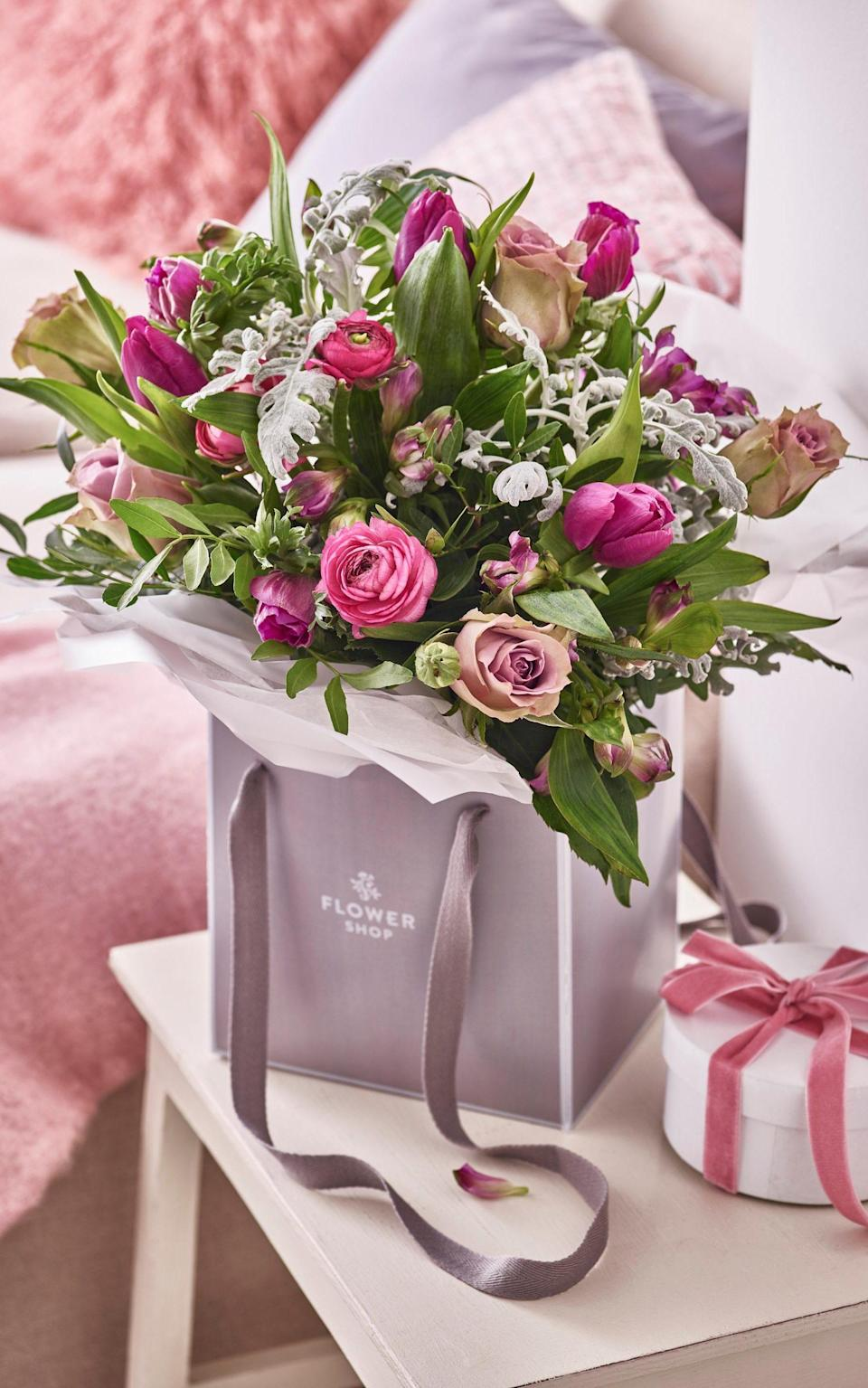 Valentines Seasonal Gift Bag (£35, Marks & Spencer)