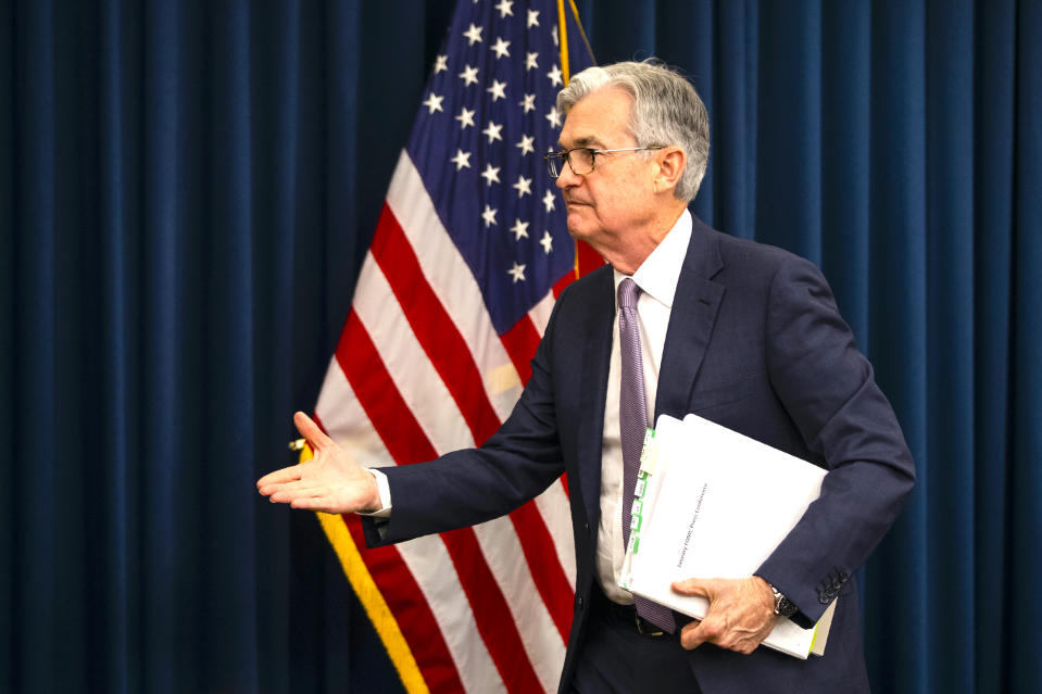 Federal Reserve Chair Jerome Powell walks from the podium as he ends his news conference in Washington, Wednesday, Jan. 29, 2020.    (AP Photo/Manuel Balce Ceneta)