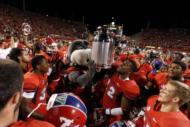 Doc 5: Worst trophies in college football -- No. 1 -- The Milk Can
