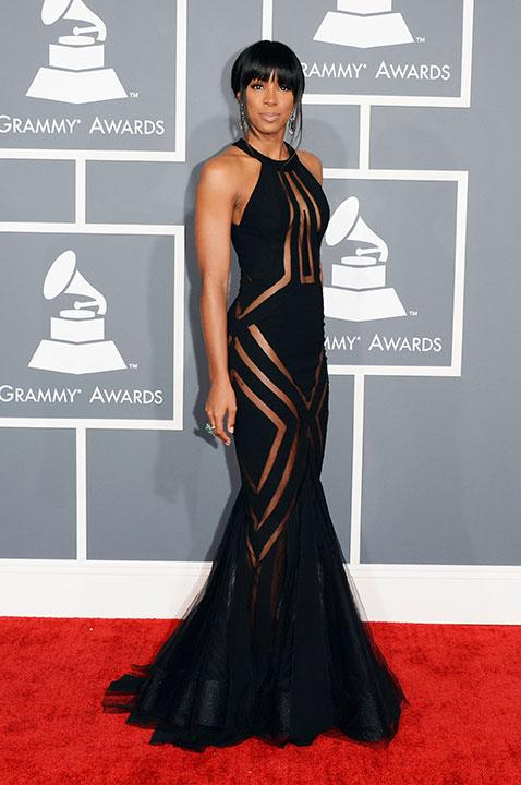Kelly Rowland sure likes it hot when she decided to wear this Georges Chakra gown. The sheer panels definitely did not leave anything to the imagination.