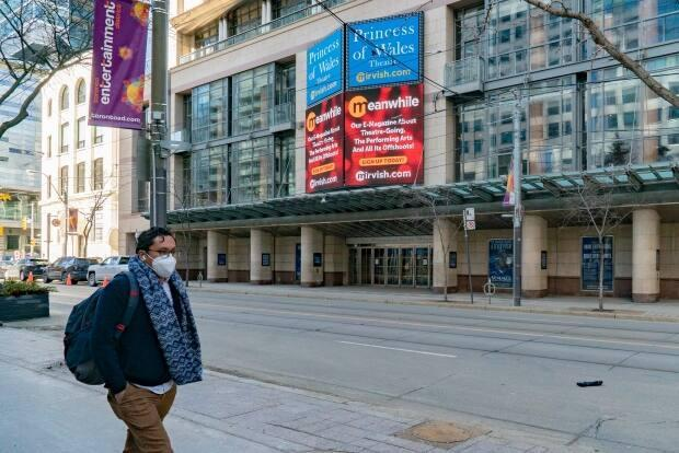According to Destination Toronto, the city was riding a wave of growing tourism for about a decade. That wave came to an abrupt end last March when the pandemic began.  (Sam Nar/CBC - image credit)