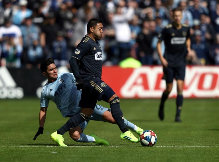 Philadelphia's Marco Fabian scored the winning goal in extra time as the Union beat the New York Red Bulls 4-3 in a Major League Soccer playoff game (AFP Photo/JAMIE SQUIRE)