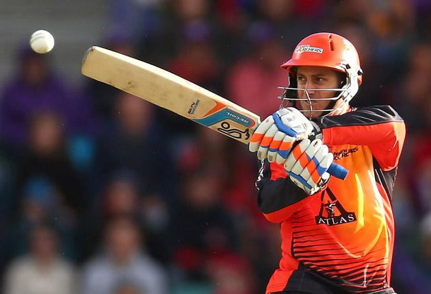 Simon Katich of the Scorchers bats during the Big Bash League match between the Hobart Hurricanes and the Perth Scorchers at Blundstone Arena on January 1, 2013 in Hobart, Australia.  (Photo by Robert Cianflone/Getty Images)