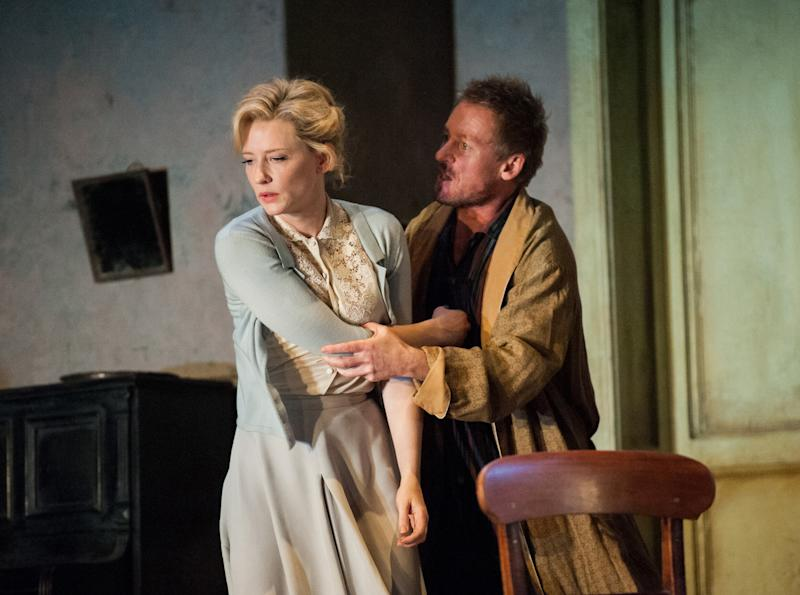 Review hope dies again in farcical 39 uncle vanya 39 for Near farcical