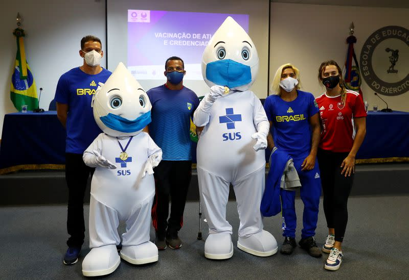 Brazilian athletes and staff travelling to Tokyo for the Olympics receive COVID-19 vaccine