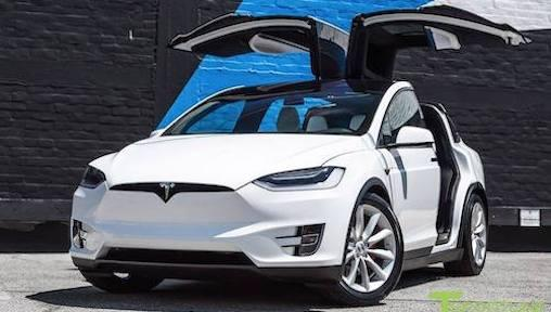 5 Reasons Car Owners Should Consider Driving Electric Cars