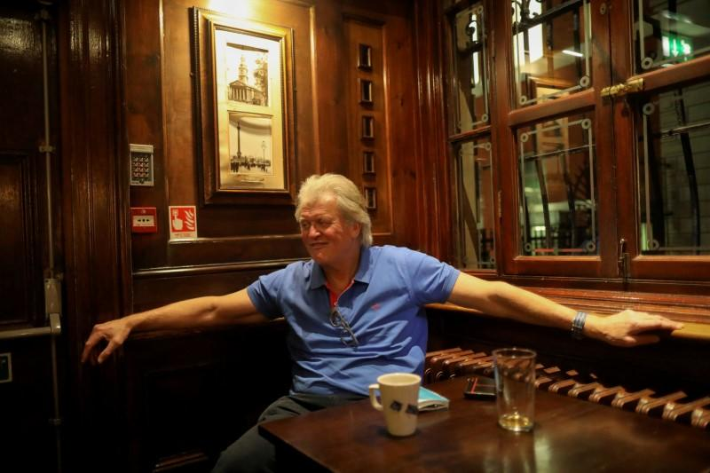 FILE PHOTO: Britain's Brexit Secretary Steve Barclay meets with JD Wetherspoon chairman Tim Martin in London