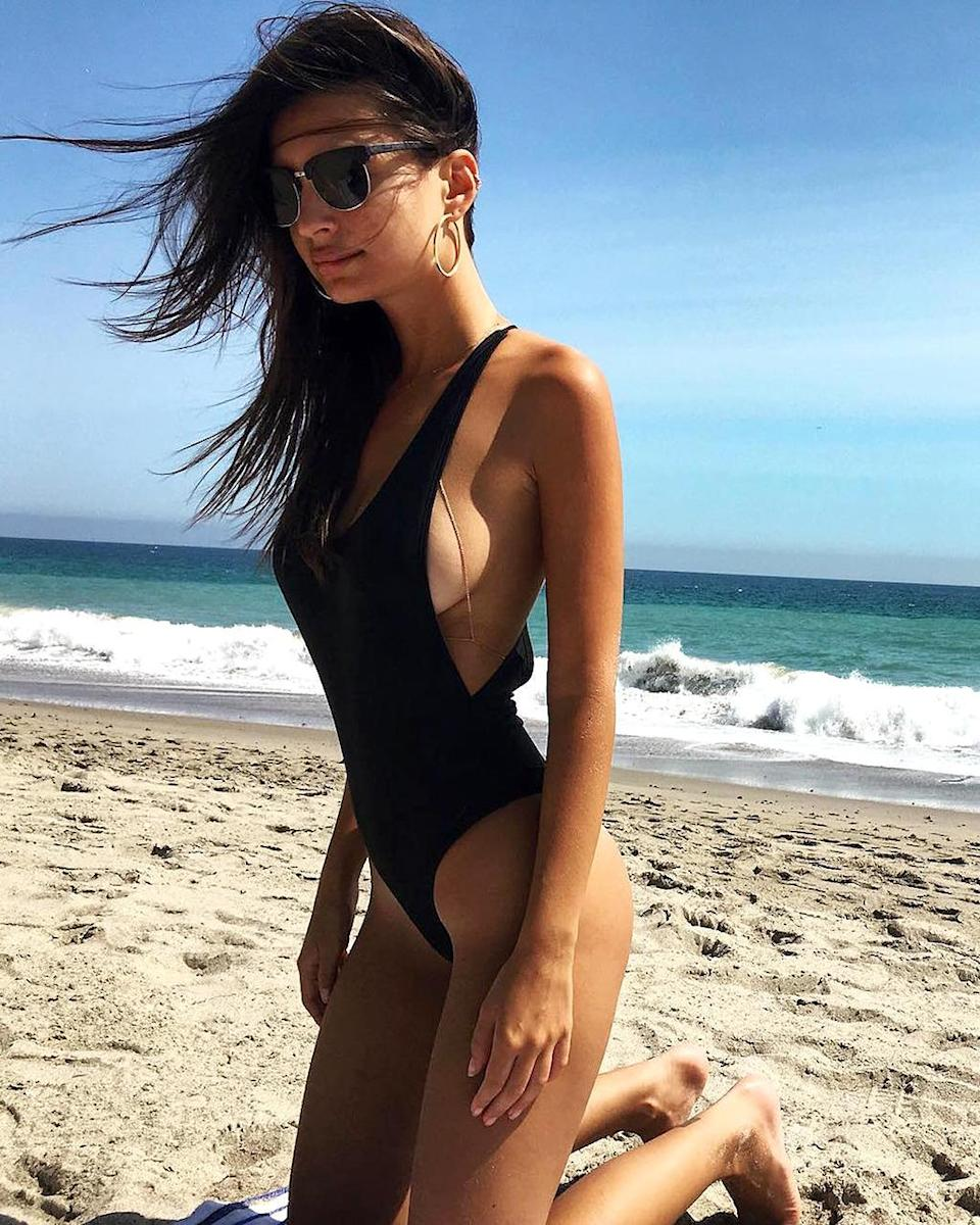"""<p>The """"Blurred Lines"""" model gave beachgoers in the 'Bu — that would be Malibu to the uninitiated — a lot to look at, including sideboob. Because, why not? (Photo: <a href=""""https://www.instagram.com/p/BJWNbX2AogN/?taken-by=emrata"""" rel=""""nofollow noopener"""" target=""""_blank"""" data-ylk=""""slk:Instagram"""" class=""""link rapid-noclick-resp"""">Instagram</a>) </p>"""