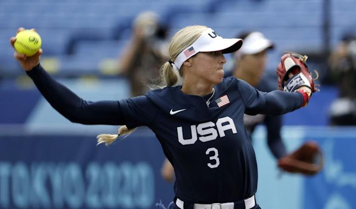 U.S. pitcher Ally Carda delivers against Japan on Monday.