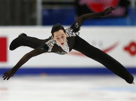 Johnny Weir of the U.S. performs during the men's short program at the ISU Grand Prix of Figure Skating Rostelecom Cup in Moscow, November 9, 2012. REUTERS/Grigory Dukor
