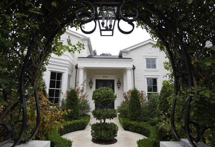 In this Nov. 18, 2011 photo, a $4 million home is shown in Los Altos, Calif. Realtors say they are now more confident that they can sell very expensive homes. As restrictions on selling stock are lifted at a handful of sizzling startups, early investors and employees are preparing for big payouts. Luxury retailers and wealth managers say they're expecting a bump in business and have been preparing for this new crop of Internet millionaires. (AP Photo/Paul Sakuma)