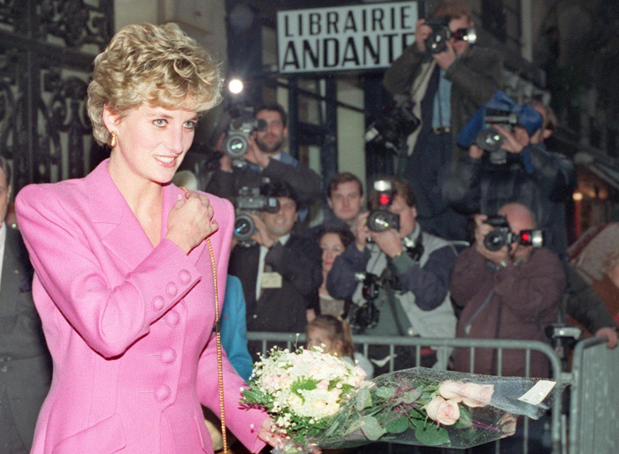 Princess Diana, one of the most famous women in the world at one point, was followed by paparazzi almost everywhere she went [Photo: Getty]