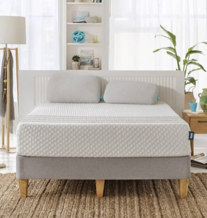"""<h3>Leesa</h3><br><strong>Dates:</strong> 11/22<br><strong>Deal: </strong>Up to <a href=""""https://www.leesa.com/pages/black-friday-mattress-sale"""" rel=""""nofollow noopener"""" target=""""_blank"""" data-ylk=""""slk:$500 off mattresses"""" class=""""link rapid-noclick-resp"""">$500 off mattresses</a> + two free pillows<br><strong>Promo Code: </strong>No code needed<br><br><em>Shop <strong><a href=""""https://www.leesa.com/"""" rel=""""nofollow noopener"""" target=""""_blank"""" data-ylk=""""slk:Leesa"""" class=""""link rapid-noclick-resp"""">Leesa</a></strong></em><br><br><strong>Leesa</strong> Advanced Hybrid Mattress + 2 Down Alternative Pillows, $, available at <a href=""""https://go.skimresources.com/?id=30283X879131&url=https%3A%2F%2Fwww.leesa.com%2Fproducts%2Fleesa-hybrid-mattress"""" rel=""""nofollow noopener"""" target=""""_blank"""" data-ylk=""""slk:Leesa"""" class=""""link rapid-noclick-resp"""">Leesa</a>"""