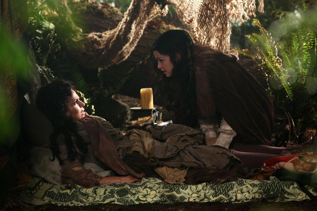 """""""The Evil Queen"""" - With the aid of Hook, Regina attempts to put a plan in motion that will help transport herself and Henry back to Fairytale land. But her plan revolves around a fail-safe that was planted within the curse, which if triggered could wipe Storybrooke off the map - and kill all of its inhabitants; and Emma's suspicions about Tamara grow. Meanwhile, in the fairytale land that was, the Evil Queen asks Rumplestiltskin to transform her into an unrecognizable peasant in order to kill an unsuspecting Snow White, with the twisted aim of earning the love and respect of her subjects, on """"Once Upon a Time."""""""