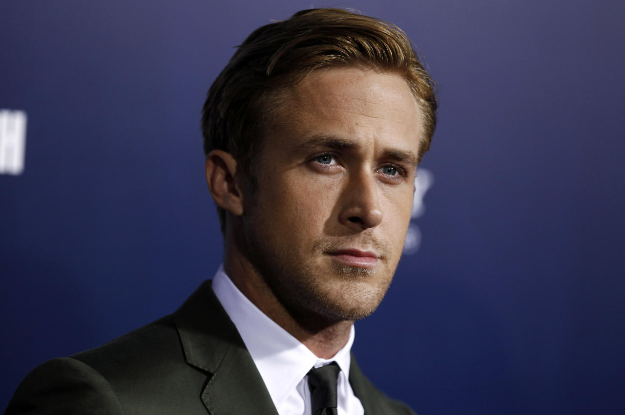 "Cast member Ryan Gosling arrives at the premiere of ""The Ides of March"", in Beverly Hills, Calif., Tuesday, Sept. 27, 2011. ""The Ides of March"" opens in theaters Oct. 7, 2011. (AP Photo/Matt Sayles)"
