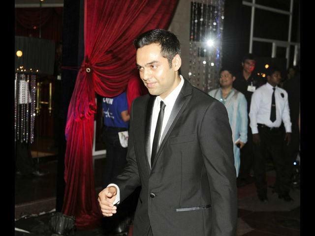 <b>12. Abhay Deol</b><br> Abhay Deol's unusual persona is what sets him apart and he makes quite a sensation with his mysterious, suave and smart taste in fashion.