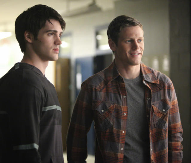 "Steven R. McQueen as Jeremy and Zach Roerig as Matt in ""We All Go a Little Mad Sometimes,"" the sixth episode of ""The Vampire Diaries"" Season 4."